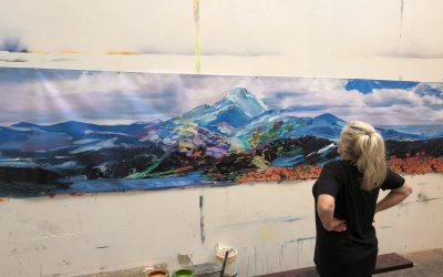 Yvette Gellis Brings Eye-Catching Mural to the Annenberg Community Beach House